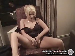 geek wives mutual masturbation in hotel