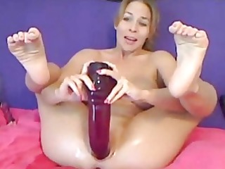 hot d like to fuck inserts an massive sex tool in