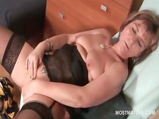 hawt older in nylons finger fucking her moist