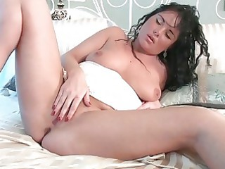 breasty d like to fuck lady deeply fingers her