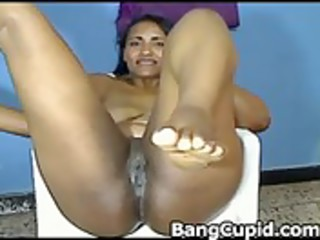 latin d like to fuck toying her pussy and
