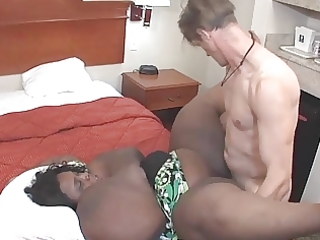 dark bbw-mom with glasses takes it is all