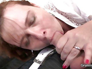 mommy gets her snatch fucked