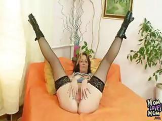 mature dilettante mother i regina toys beefy