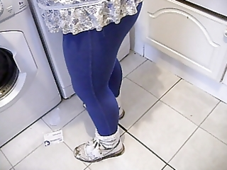wifes hot wazoo in leggins