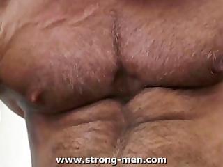 aged bodybuilders fucking