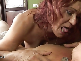 non-professional older lesbos share a sexy hotty