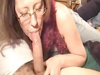 sexy mature gives a blow job