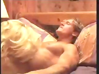 beverly lynne is a blonde d like to fuck that is