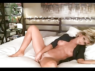 sexy aged livecam marital-device her chocolate