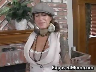 round bigtits tattooed mama fireplace part5