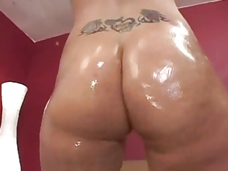 freak arse milf-ryan ryder