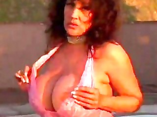 hawt aged busty cougar ashley