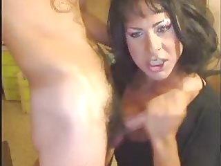 sexy italian milf sucks dick