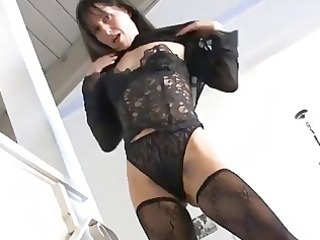 carmen shows off her hot older bush