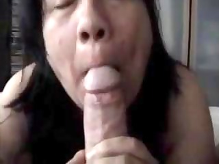 plump aged swallows his knob and licks his feet