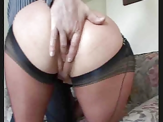 bawdy mommy in nylons acquires her vagina licked,
