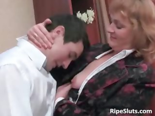 excited mature brunette hair acquires her juicy