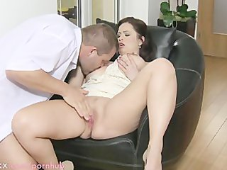 mamma large breasted wife t live without pounder