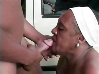 older mom outdoor fuck