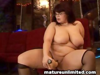 large a-hole mommy amateur darksome hair aged