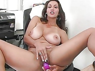 heavy chested brunette hair d like to fuck plays