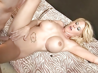 hawt busty golden-haired mother i cougar