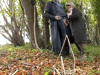 outdoor bj with jasmine the scottish wench mother