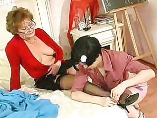 young cutie kisses and licks mature woman