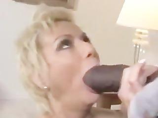 dark cum for white mommy - sexymomi.com