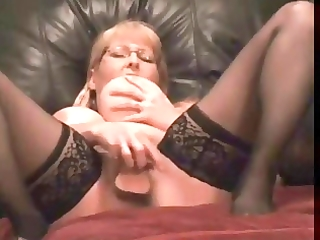 squirting mother i webcam highlite gusher squirts